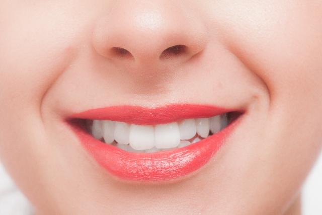 差し歯(クラウン)の型取りで糸を使わない歯科医はレベルが低い