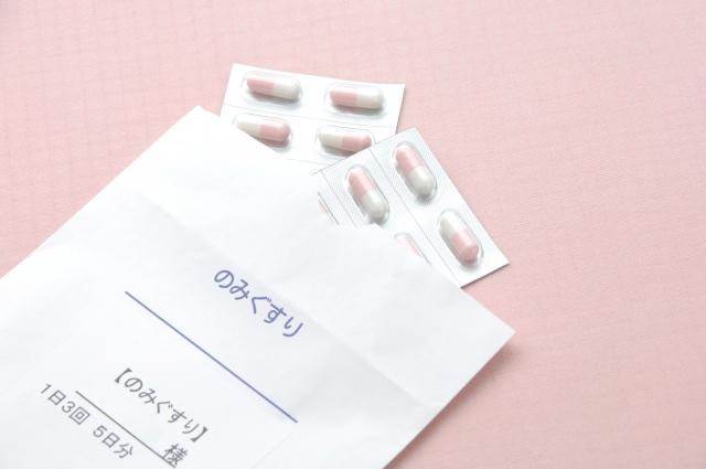 抗生物質の副作用で1か月に渡る全身発疹と医師による診察拒否