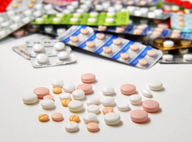 ADHD治療薬ストラテラでの副作用体験。排尿困難や射精困難など